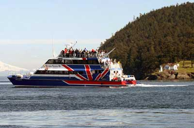 Friday Harbor Day Trip and Whale Watching from Seattle